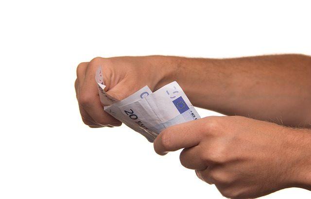 Szybki kredyt gotówkowy, czyli jaki?