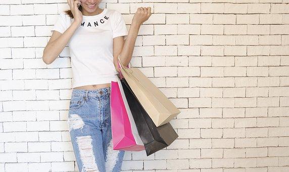 Plusy zakupów za pośrednictwem Internetu