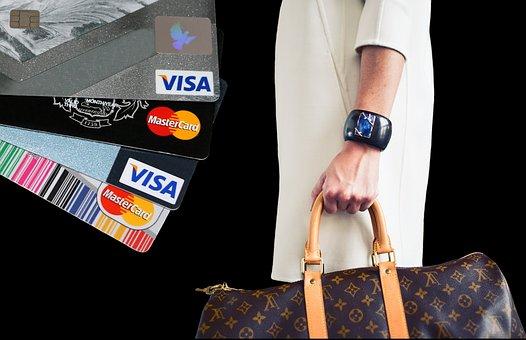 Dlaczego warto robić zakupy w sklepach internetowych?